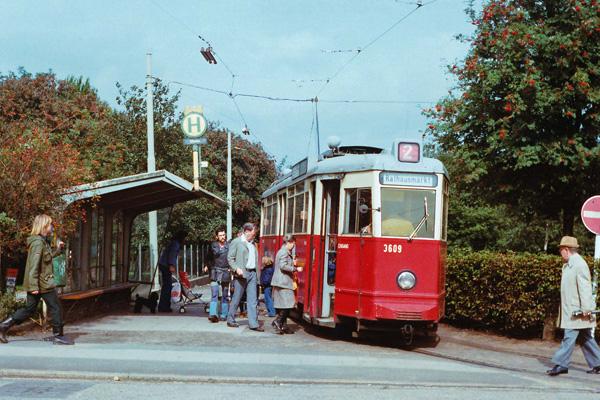 Die Straßenbahn Linie 2 Fzs Freizeitzentrum Schnelsen