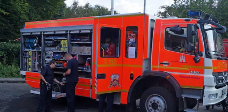 Schnelsener Feuerwehrtag- Feuerwehr zum Anfassen