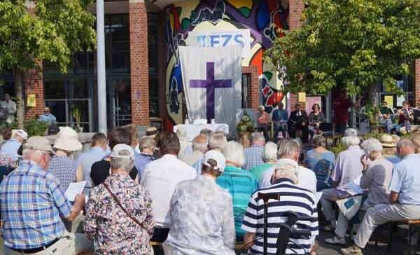 15. OpenAir-Gottesdienst der Evangelischen Gemeinden in Schnelsen